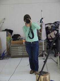 Mara beim Fotografieren