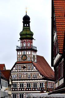 Rathaus Kirchheim/Teck: Bürgermeister und Gemeinderat zwangen die Familie von Karl Reinhardt zum Verkauf ihres Grundstücks und zum Verlassen der Stadt. Foto: M. Werner