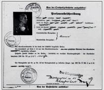 Kennkartenantrag von Anna Frank vom 11. Januar 1939 (Ausschnitt), aus WERNER 1998, S. 51