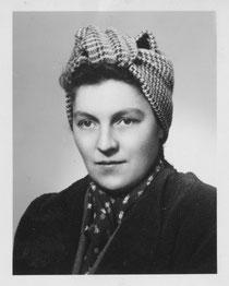 Maria Theresia R., um 1946, Foto: Kreisarchiv Esslingen (KrAES) D 1 Bü. 532 mit freundl. Genehmg., geschützt, alle Rechte vorbehalten!