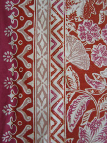 Textiil Indonesian Batik Tabletop Floral