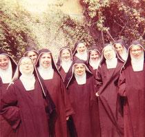 Madre Teresina con alcune monache a Napoli-Bellavista