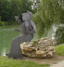 Sculptures d'acier, bord de marne