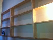 メルクシパイン積層材の本棚