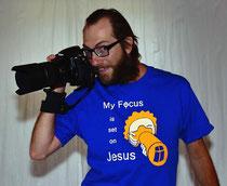 Bild:T-Shirt,J-shirt,Jesus-shirt,Jesus,Focus,Kamera,Fotoapparat,David Brandenberger,d-t-b.ch,d-t-b,