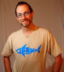 Bild:Jesus shark,Jesus-shirt,J-shirt,Hai,Jesus,T-shirt,David Brandenberger,d-t-b.ch,d-t-b,