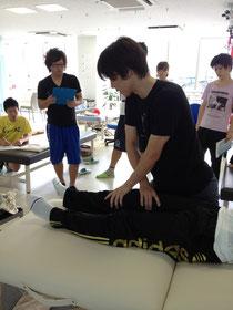 膝関節のリリース