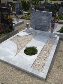 Urnenbox mit pflegeleichter Grabfläche