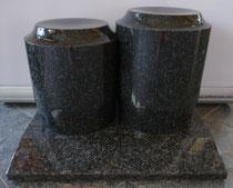Material: GRANIT dunkelgrau poliert