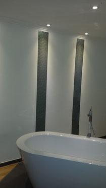 Streifen im Badezimmer von maler warnberg
