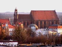 ポーランド 聖母マリア被昇天教会