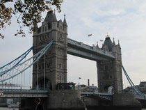 Vue du pont depuis la Tour de Londres