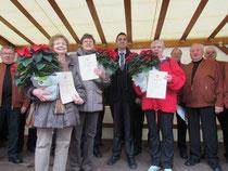 Ortsvorsteher Timo Horst mit den Geehrten Marie-Luise Reister, Gertrud Marschall und Karin Müller