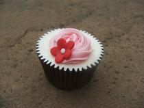 vanilla glittery cupcake by lizzie's tea party