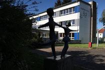 Das Sekundarstufen I Gebäude der EKS