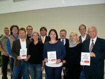 Jetzt haben sie es offiziell: Die EKS, die Stadt Rosbach und die Polizeistation Friedberg bilden ein erfolgreiches Team. (Fotos: sky)