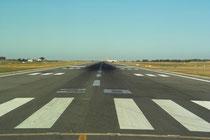 RWY 28 - Flughafen Faro © Andreas Unterberg
