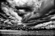 Menace nuageuse sur la plage du kelenn à carentec