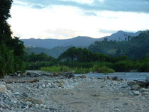 Bivouac au bord du rio