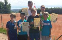 Erfolgreiche TCMK-Jugend v.l.: Timo Arnold, Max Reinhart, Noah Wallace, Niklas Arnold, Felix Dunger, Sven Arnold