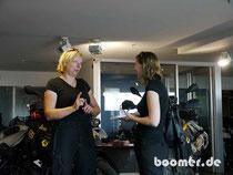 beim Interview mit Roxanne von Sunshine Coast Daily