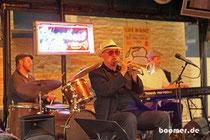 Live Musik in jeder Bar
