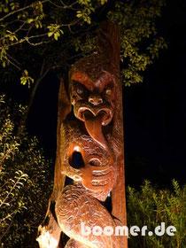 Alte Maori-Schnitzerei