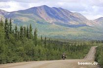 Wälder und Berge, das ist Alaska