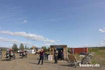 zu Besuch bei Dorothy in Yukon River