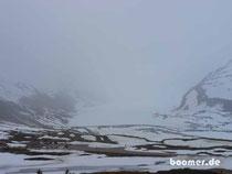 Columbia Icefield - mit Schnee und Nebel...