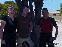 3 deutsche Mopedfahrer im Schatten Australiens