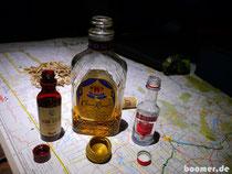 Weltreisende: kleines Budget - kleine Flaschen