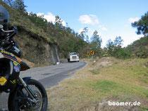 Ab in die Berge - bei Gegenverkehr wird es eng