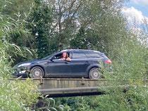 """Fotoshooting auf """"interessanter"""" Brücke"""
