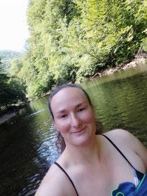Fußbad im Fluss