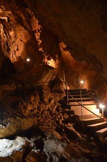 In den Zbraschauer Aragonithöhlen