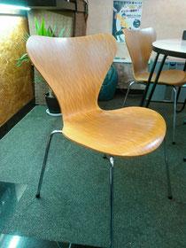 私のお気に入りの待ち合いの椅子、