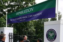 """На баннере цитата А.Агасси:""""Место, где могут случиться чудеса"""""""