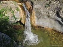 Трехкаскадный водопад на Баге
