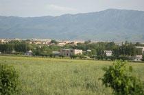 Shahrisabz se situe dans une vallée herbeuse, au pied des contreforts du Pamir (M.Schvoerer, 2007)