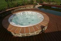Whirlpool outdoor rund  Whirlpool für aussen, rund, welche Whirlpools für den Garten sind ...