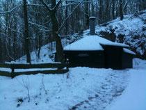 Grillhütte im Schnee