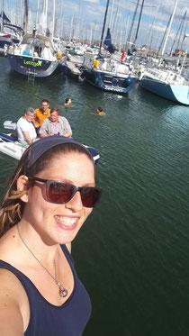 Diana's Eltern im Schlauchboot