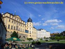 Residenzstadt Greiz, Schloßgarten mit Unterem Schloß und Gymnasium