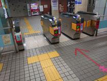 中崎町駅の改札