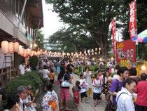 2012年7月のお祭りの様子