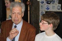 Auch Henning Scherf stand den Schülerfloh-Reportern schon Rede und Antwort.