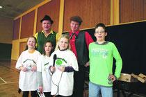Anneke, Mayra, Lena und Hannes haben Zaches und Zinnober zu ihren Kinderliedern befragt.