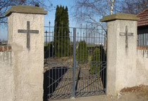 Friedhofstor in Göllnitz