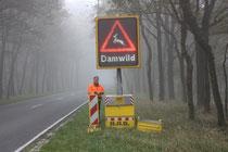 Foto: LJN - Die LED-Schilder reagieren erst, wenn sich ein Kraftfahrzeug mit einer bestimmten Geschwindigkeit nähert.